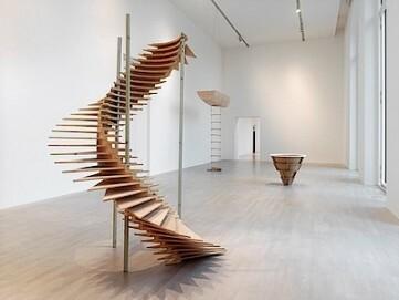Leunora Salihu, GRAVITY ON A JOURNEY, 2017, Installationsansicht K21 Ständehaus