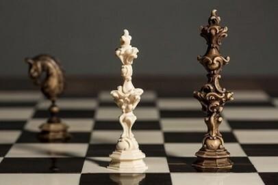Schachspiel des Kölner Erzbischofs Maximilian Friedrich von Königsegg-Rothenfels aus dem 18. Jahrhundert
