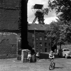 Wohnen im Umfeld der Zeche Westende, Duisburg um 1959