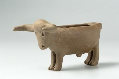 Stiergefäß aus der jungsteinzeitlichen Siedlung Köln-Lindenthal. Rekonstruktion aus einem Fragment