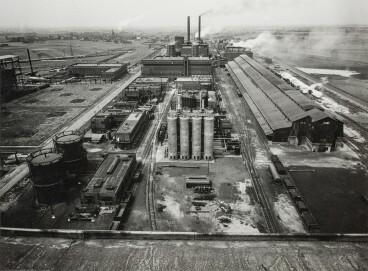 Albert Renger-Patzsch, Gesamtansicht, Ruhrchemie AG, um 1938