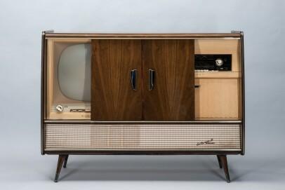 """Die Kombinationstruhe """"Arkona 21"""" von Blaupunkt war absolute Luxusklasse, 1959."""