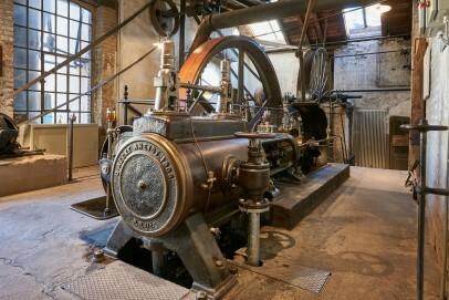Dampfmaschine in der Tuchfabrik Müller